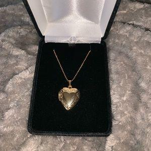 "14k gold 18"" necklace w working locket"